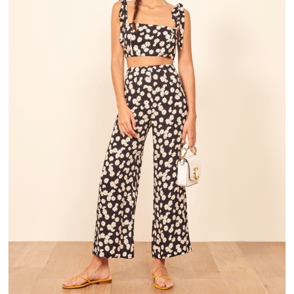 Reformation Other - Reformation Daisy Crop Top (pants not included)